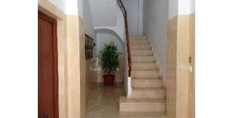 a1176 Светлая и просторная квартира в районе Каролинас Бахас